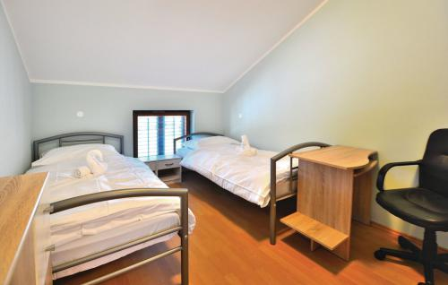 scr141_bed_06